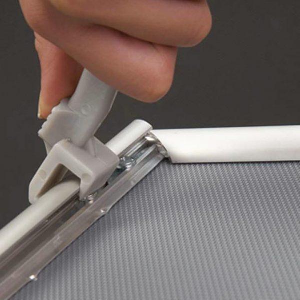 Sicherheits-Klapprahmen silber matt Öffnungs-Hebel zur einfacheren Handhabung