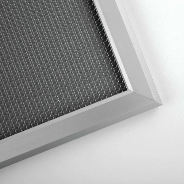 Klapprahmen 20mm Detailansicht zu Ecke und Eloxaloberfläche