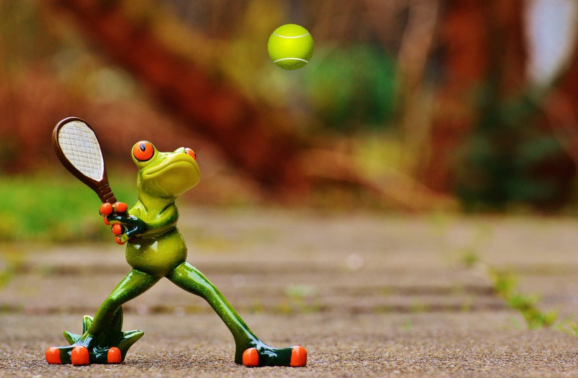 Trikots gerahmt auch von Tennisspielern